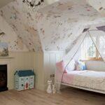 кровать с балдахином маленькая