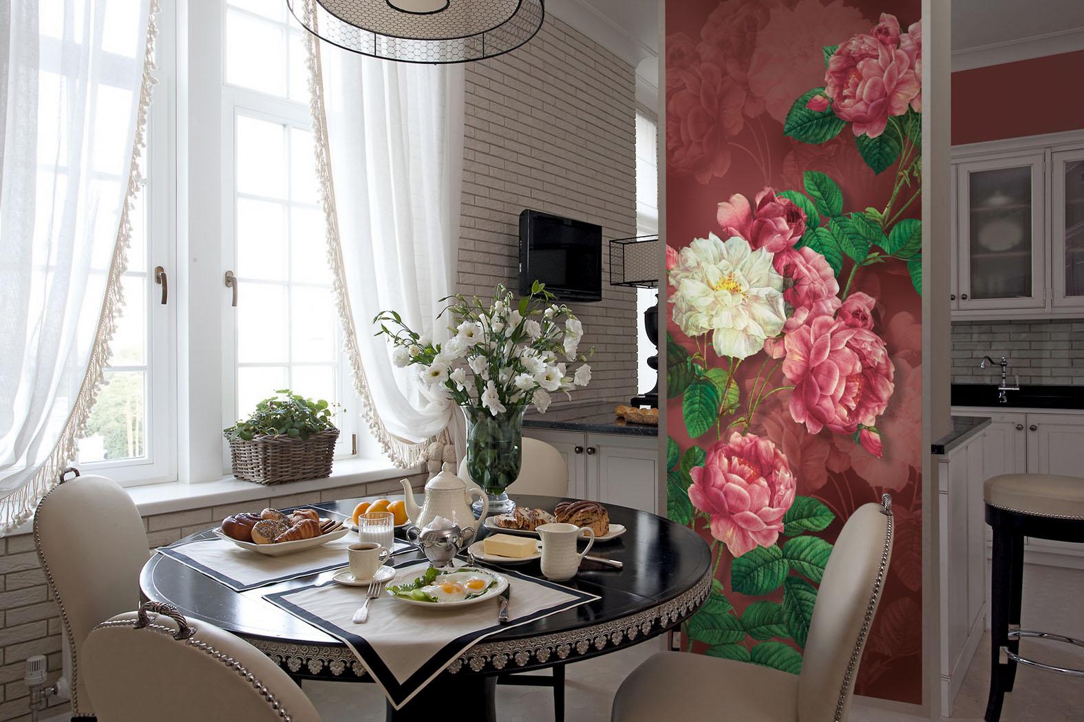 дизайн стены возле стола на кухне с фотообоями