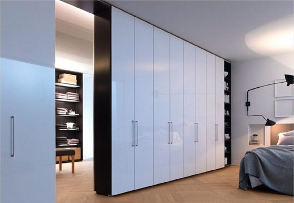 Двухсторонний распашной шкаф-перегородка