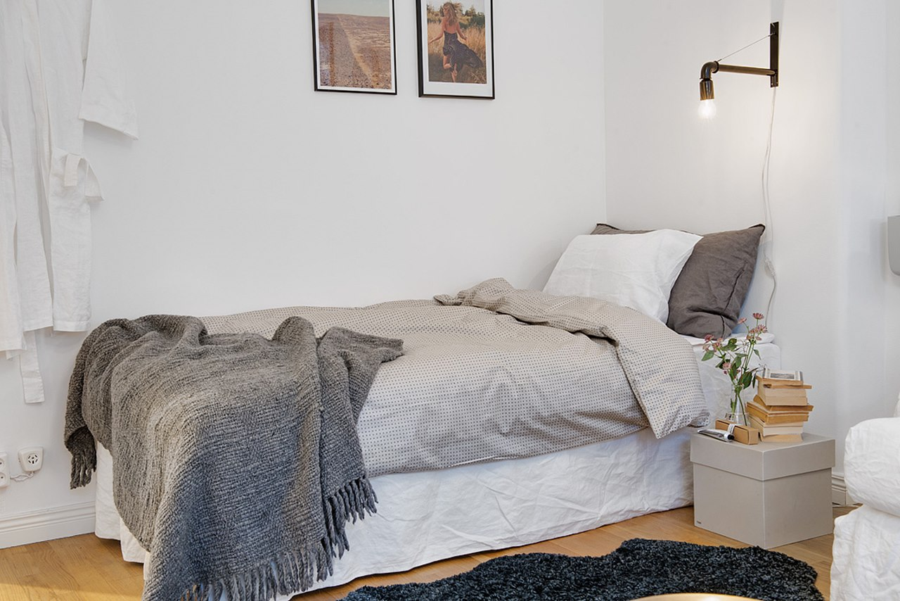 как красиво заправить кровать односпальную