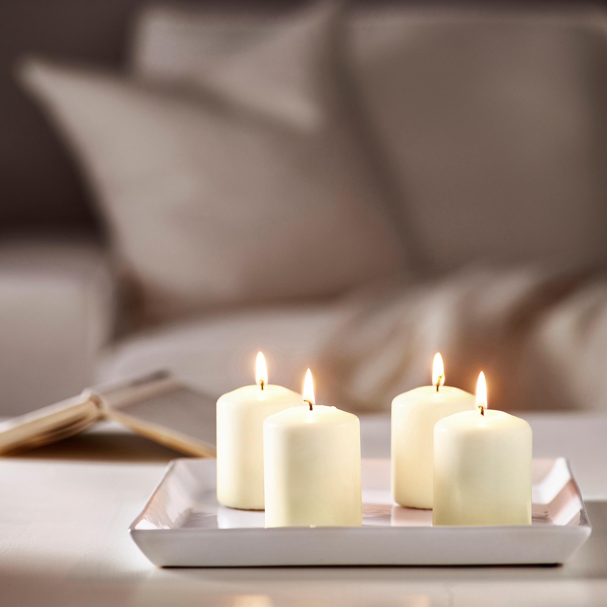 Свечи являются