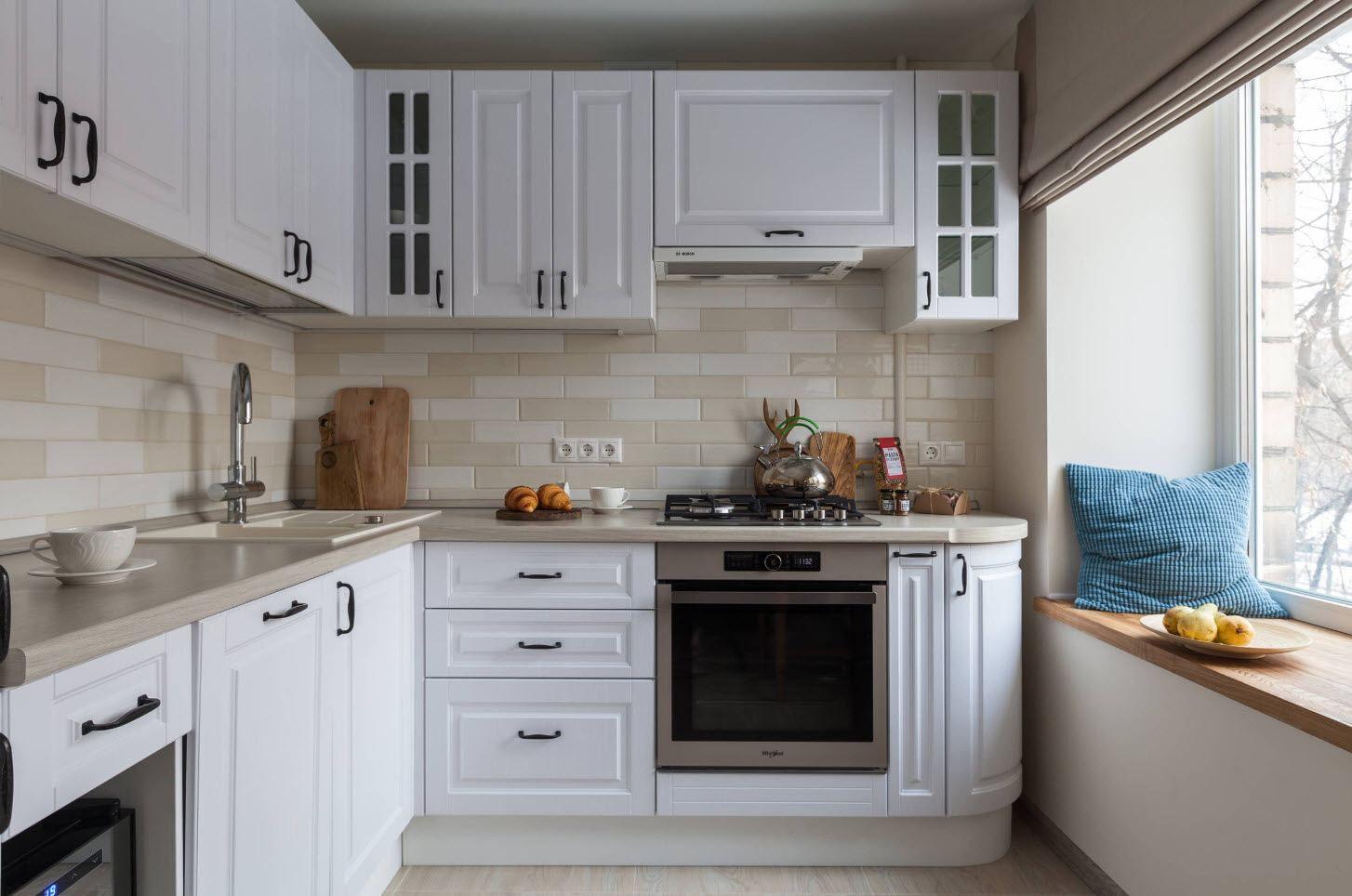 кухонный гарнитур с плитой