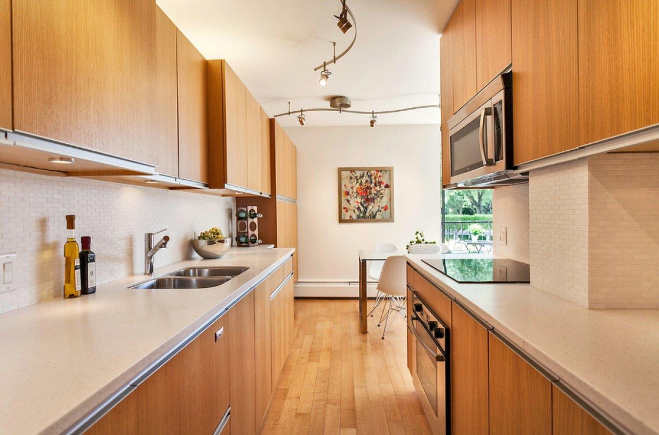 кухонный гарнитур двухрядный
