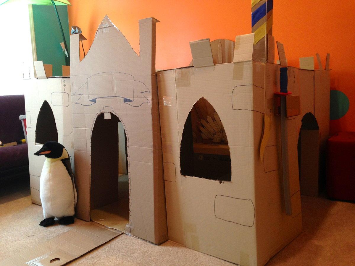 картонный замок для детей