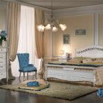 комод в спальне декор