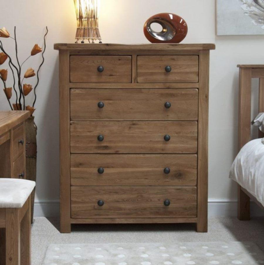деревянный комод в спальню