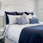 красиво заправленная кровать декор фото