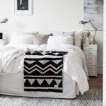 красиво заправленная кровать интерьер