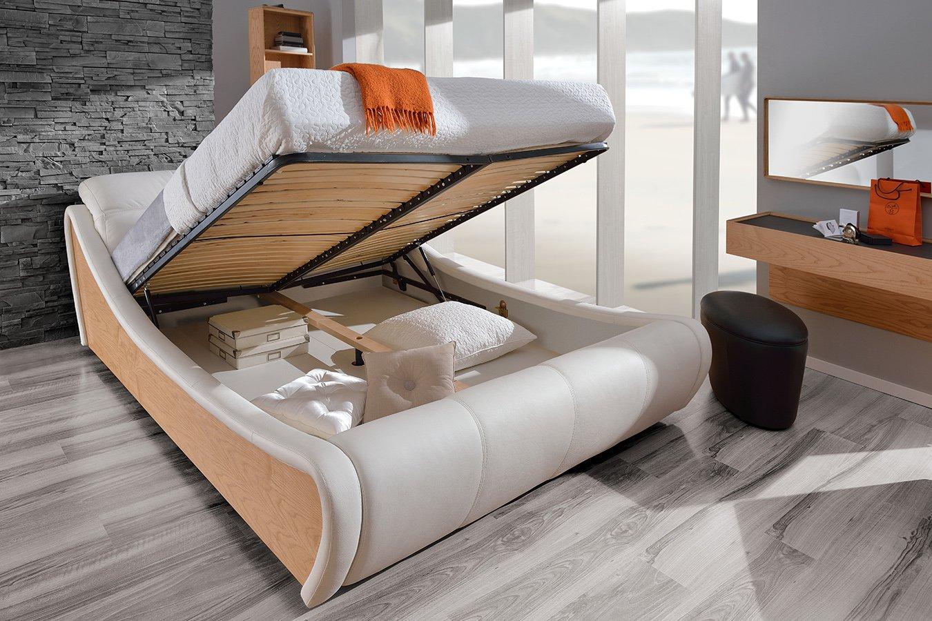 кровать с подъемным механизмом необычная