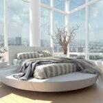 кровать у окна в спальне фото идеи