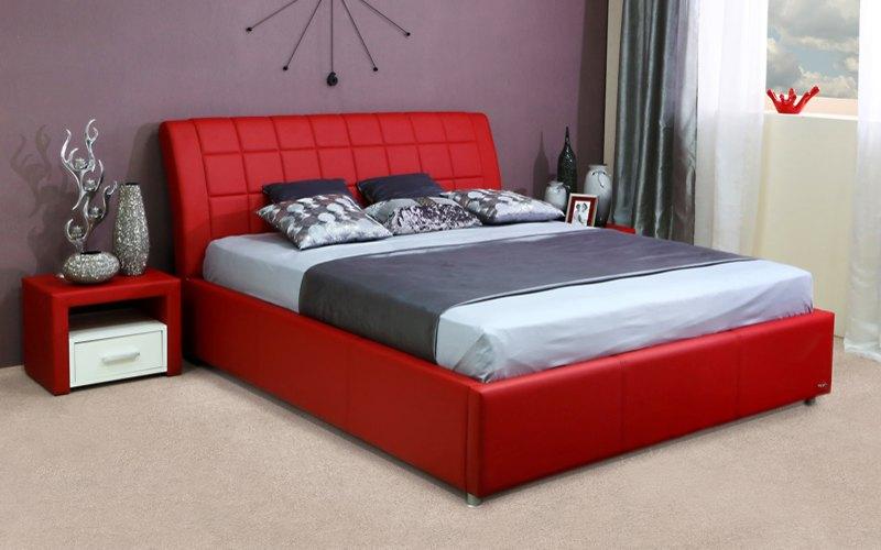 красная кровать с подъемным механизмом