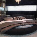 круглая кровать темная