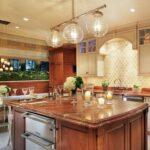 лампа над кухонным столом дизайн идеи