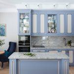 мебельный гарнитур на кухне оформление фото