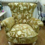 мягкое кресло зеленое