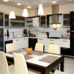 освещение над кухонным столом фото вариантов