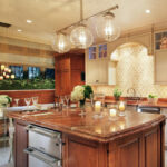 освещение над кухонным столом оформление фото