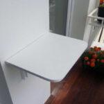 столик на балкон пластик