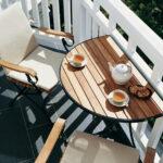 столик на балкон красивый