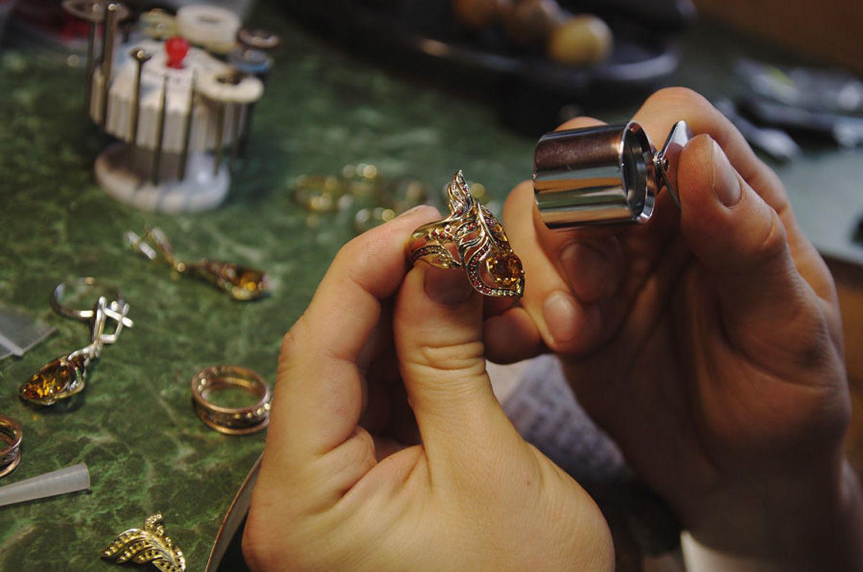 показать кольцо ювелиру