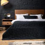 покрывало на кровать черное