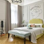 расстановка мебели в спальной комнате обзор