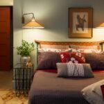 расстановка мебели в спальной комнате дизайн