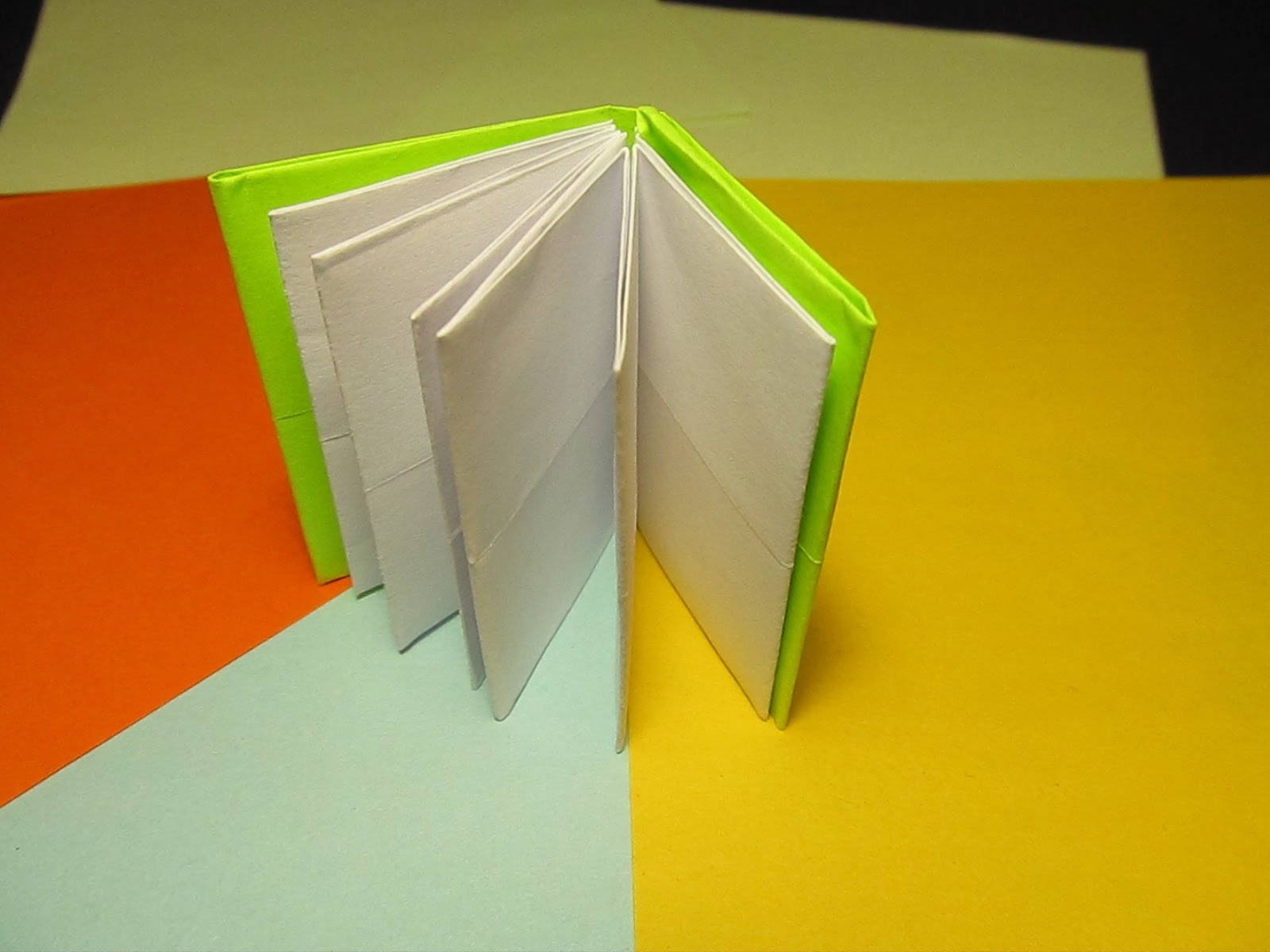 Квадратная книжка