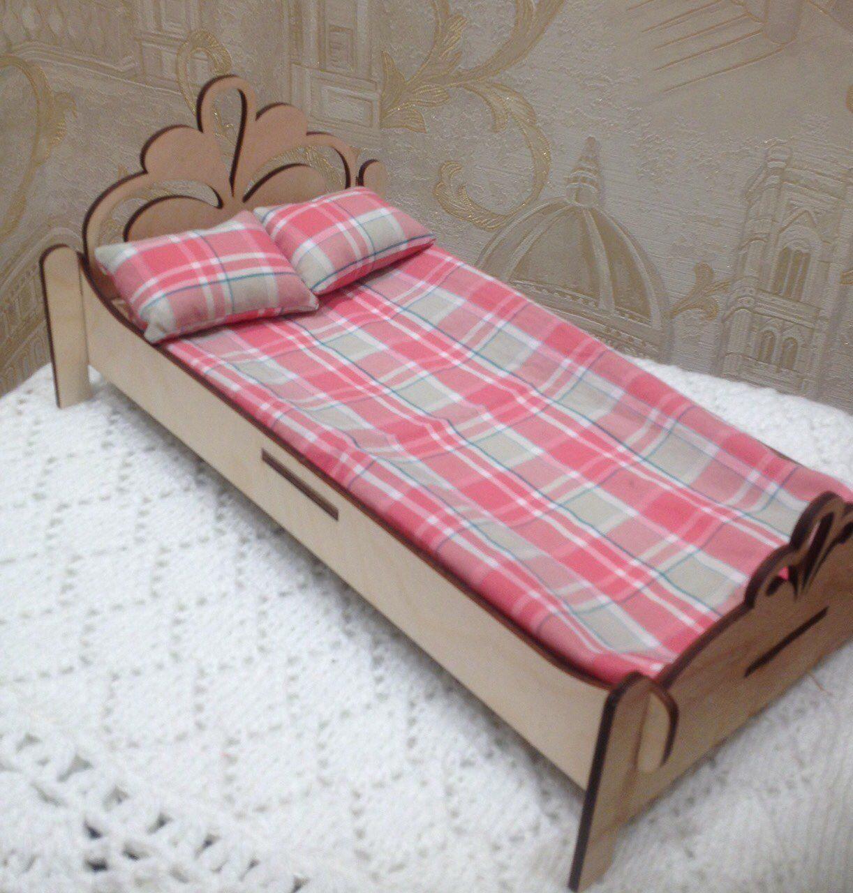 кровать из обычной картонной коробки