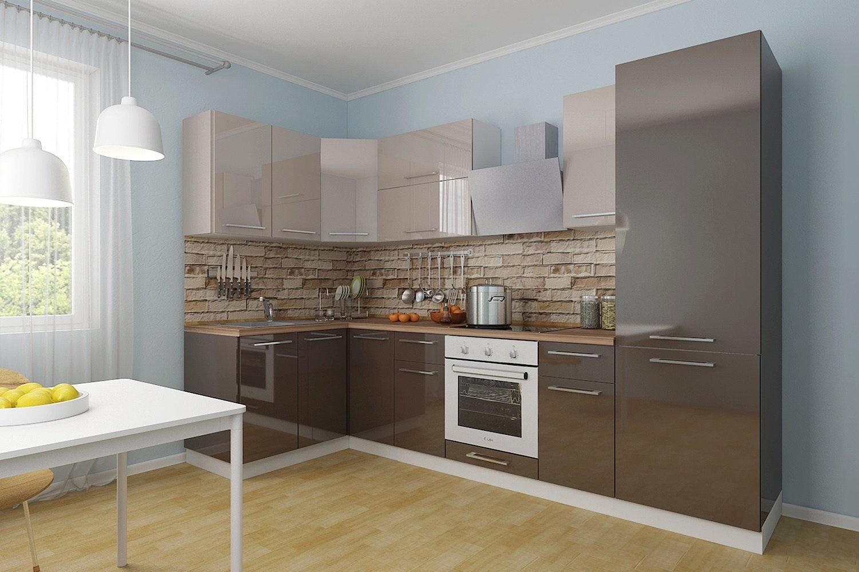 коричневая с серым кухня