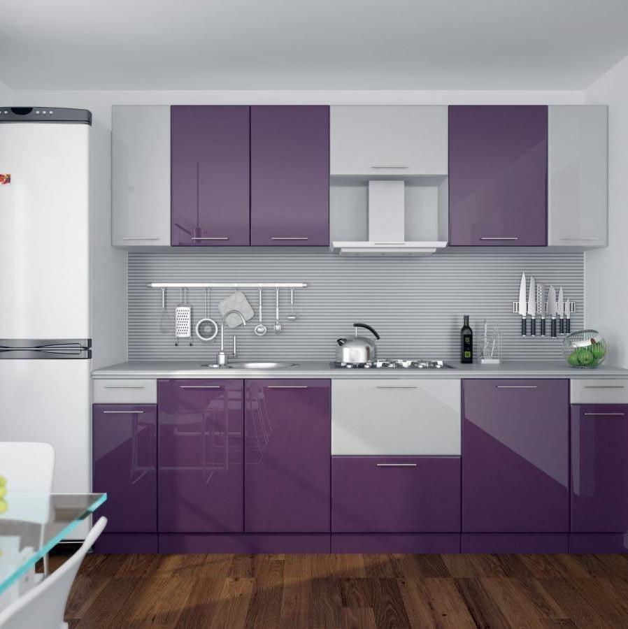 акцентирование кухни фиолетовым