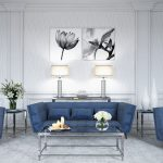 синий диван с цветком