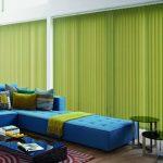 синий диван с зеленым