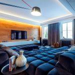 синий диван большой