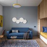 синий диван с кругами