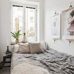спальня со светлой мебелью фото интерьер