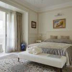 спальня со светлой мебелью варианты