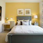 спальня со светлой мебелью варианты фото