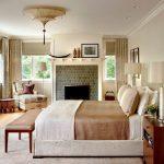 спальня со светлой мебелью идеи фото
