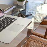 стеклянный стол компьютерный