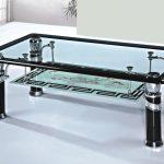стеклянный стол инетресный
