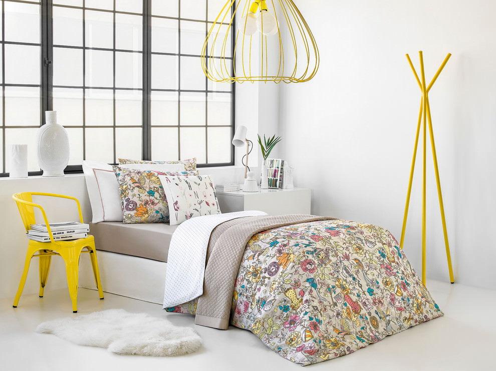 светлая спальня со светлой мебелью фото декора