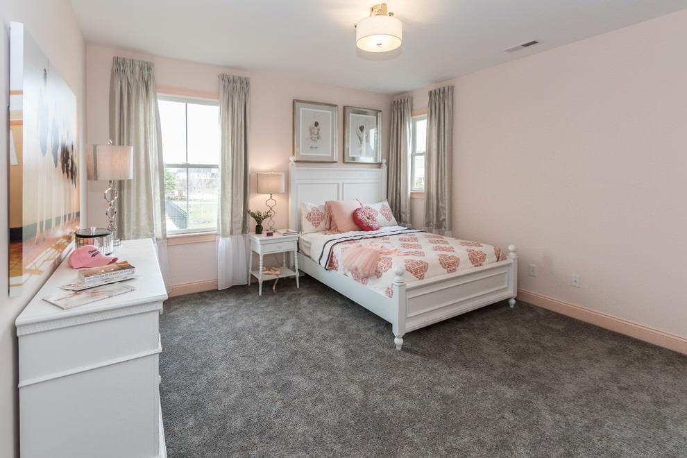 светлая спальня со светлой мебелью идеи декор