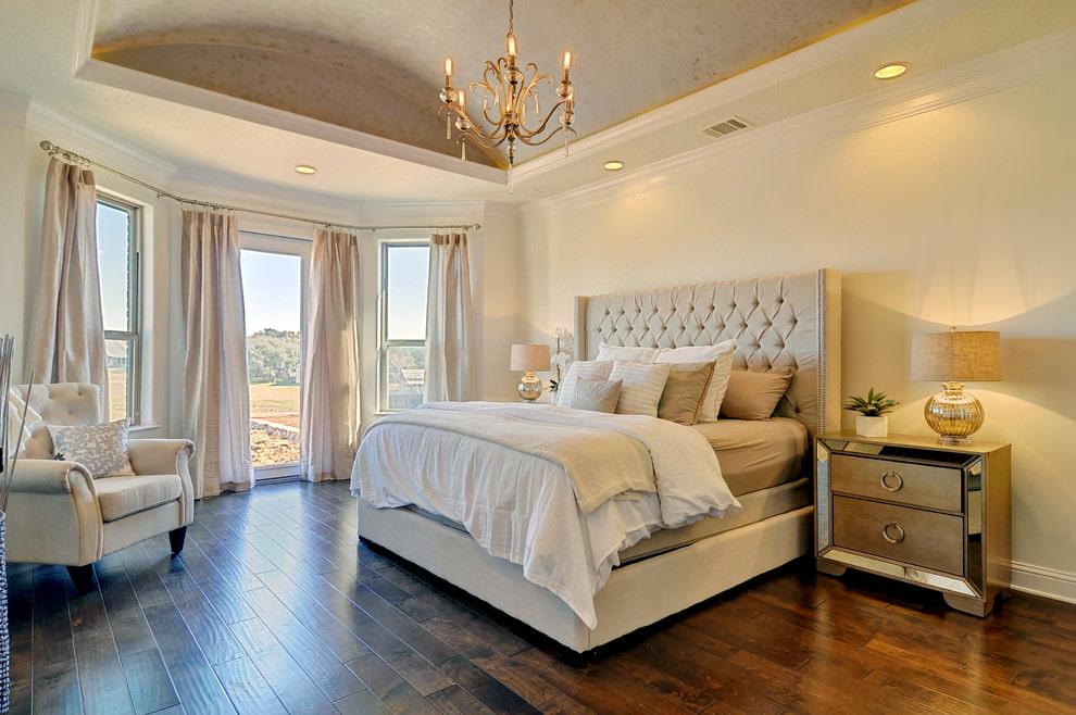 светлая спальня со светлой мебелью идеи интерьера