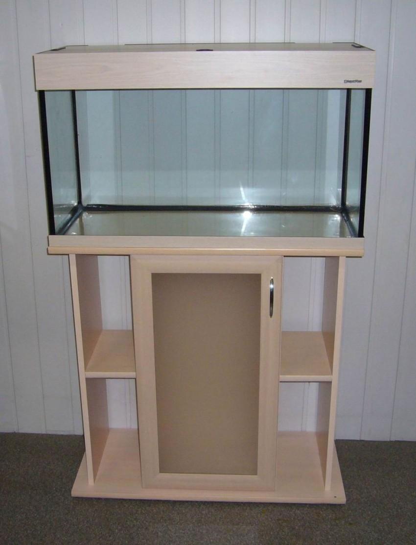 аквариумную емкость