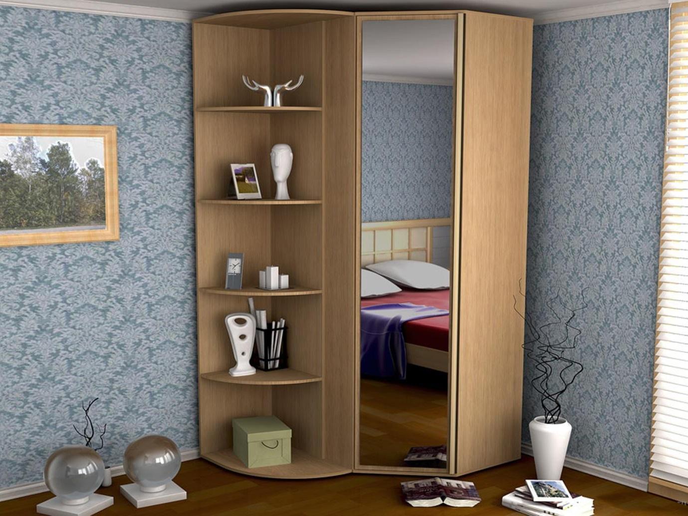 встроенный шкаф из дерева