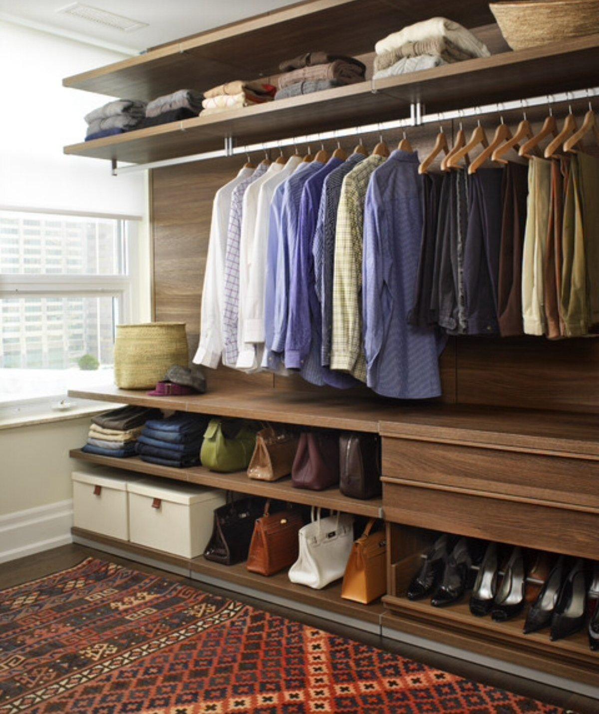 верхние полки в гардеробной