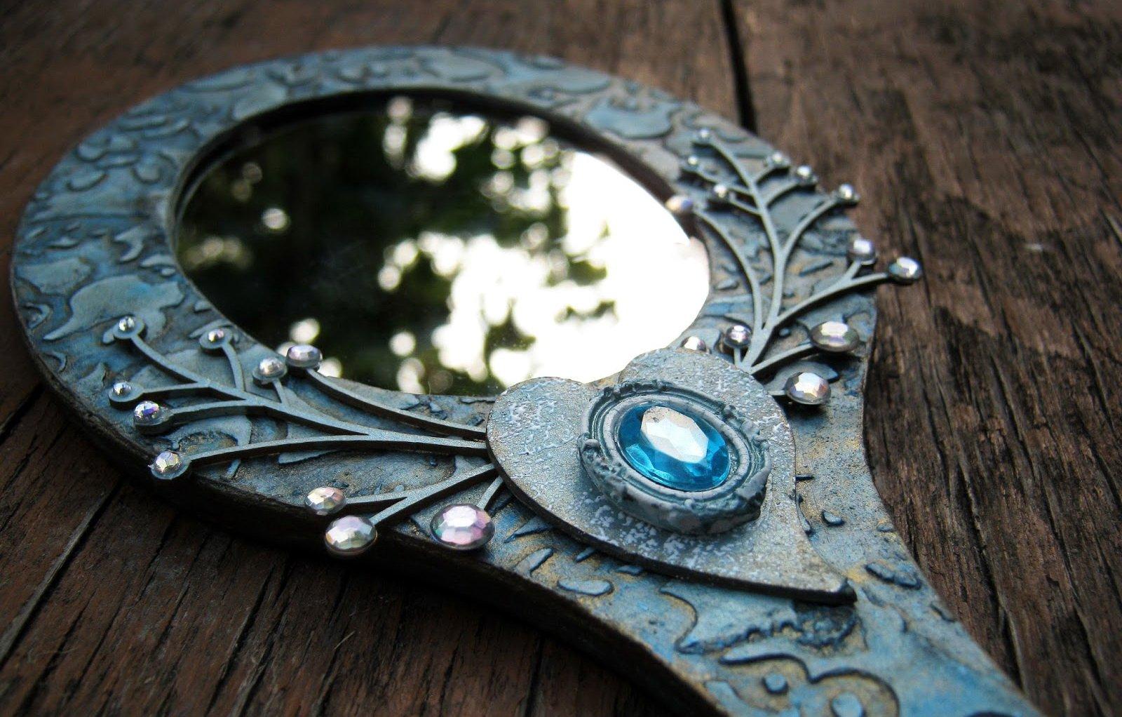 зеркала с суевериями