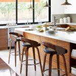 барный стул круглый деревянный
