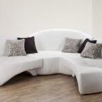 диван оригинальной формы